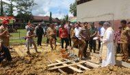 Permalink ke Bupati Landak, Letakkan Batu Pertama Pembangunan Gereja Polres Landak