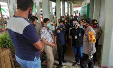 Permalink ke Kapolres Melawi Pimpin Pemasangan Police Line Bangunan di Pasar Sayur Nanga Pinoh