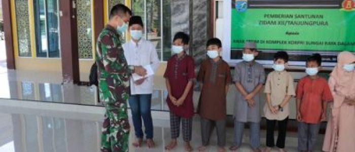 Ziadam XII/TPR, Santuni Anak Yatim Di Sui. Raya Dalam