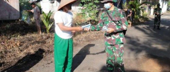 Zidam XII/Tpr Laksanakan Sosialisasi dan Pembagian Masker Di Kompleks Hoki Land