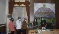 Permalink ke Yosepha Hasnah Terima Bansos dari Bank Indonesia Perwakilan Kalbar
