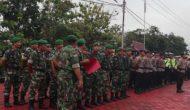 Permalink ke Personil Gabungan TNI-POLRI Kawal Proses Sidang Pembacaan Tuntutan Jaksa Terkait Kasus Karhutla